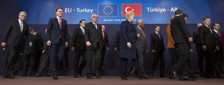 ЕС обратился к Турции за помощью в урегулировании миграционного кризиса