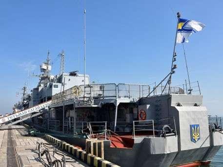 Офицеры украинского флота массово дезертируют в Крым