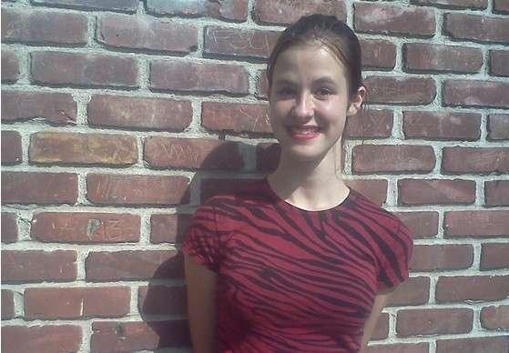 15-ти летняя студентка колледжа написала работу опровергающую Холокост евреев, получила А (10)