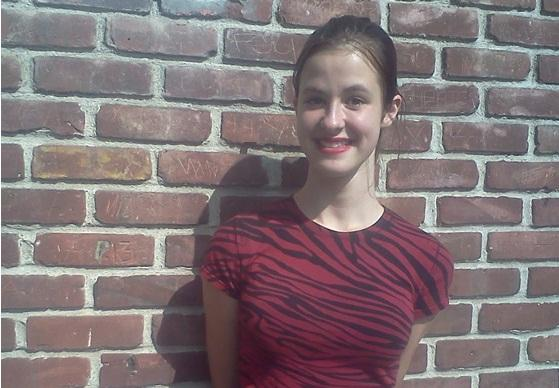 15-ти летняя студентка колледжа из США написала работу, опровергающую Холокост евреев