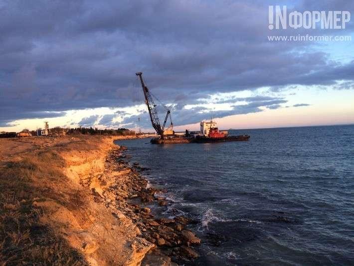 Строится новый аварийно-спасательный центр ВМФ РФ в Севастополе (фото)