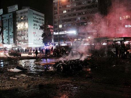 Число жертв теракта в Анкаре достигло 32 человек