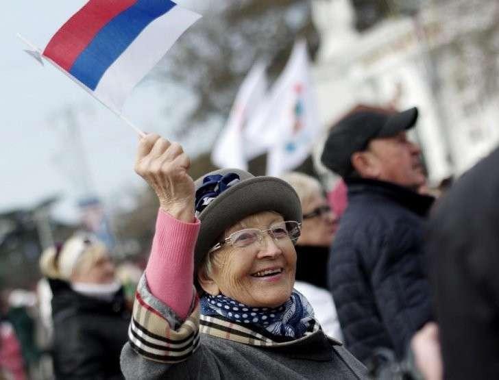 Крым дома: пользователи соцсетей поздравляют жителей полуострова с праздником воссоединения с Россией