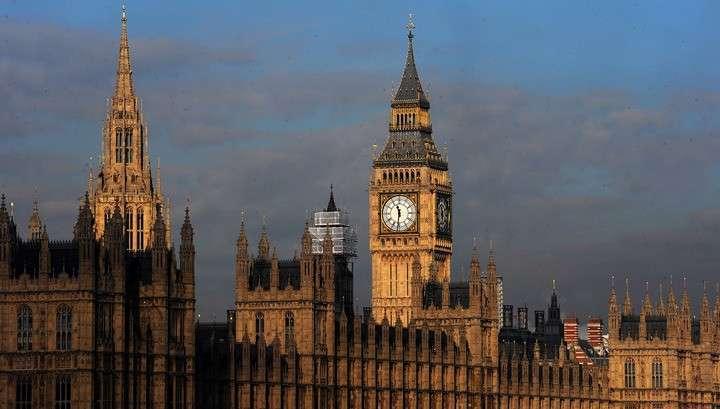 Англия отказалась отменять визы для граждан Турции