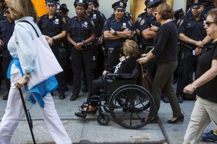 Около половины погибших от рук полицейских в США были инвалидами