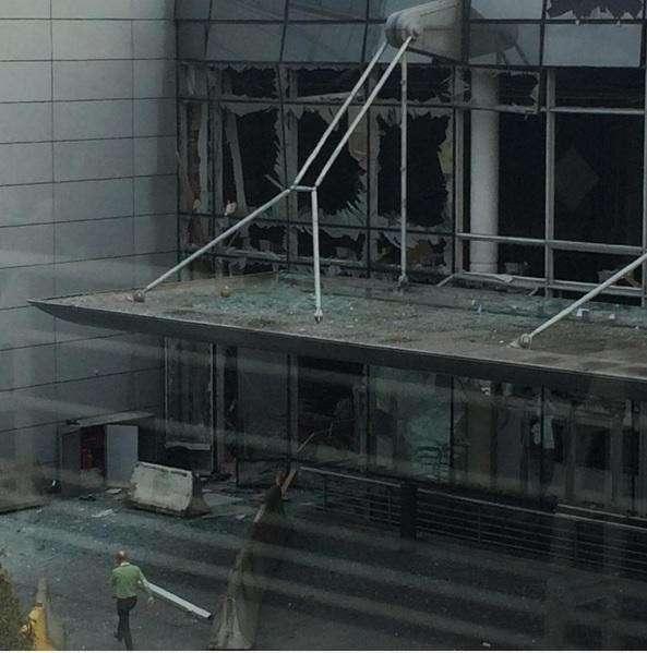 Аэропорт Брюсселя после взрывов — прямая трансляция