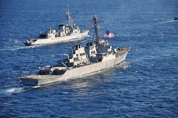 С пустыми руками: корабли НАТО покидают Черное море