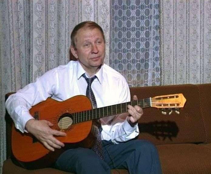 Кучма гитарист