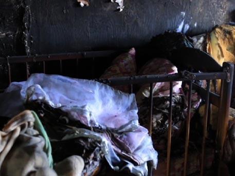 Под Челябинском коллекторы подожгли ночью дом с четырьмя детьми