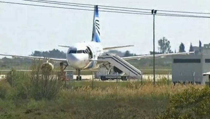 Кипрский спецназ задержал угонщика египетского самолёта