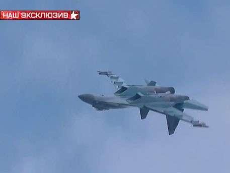 Перевёрнутый штопор от Су-35: новейший истребитель опровергает законы физики
