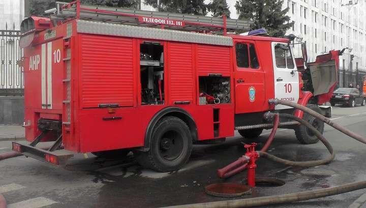 Площадь пожара в здании Минобороны достигла 3,5 тысяч квадратных метров