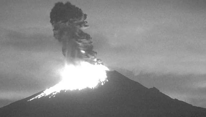 Гнев «Огненной горы»: в Мексике вновь проснулся вулкан Попокатепетль