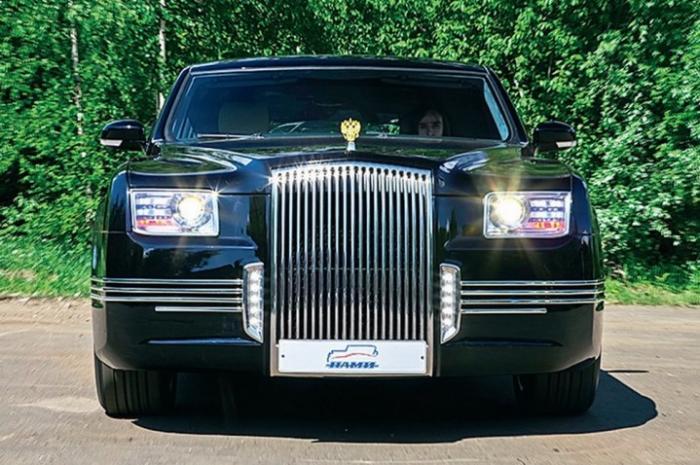 Безопасность Президента России обеспечат автомобили серии «Кортеж»