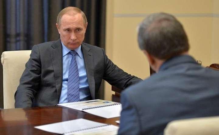 Сами напросились. Путин принял решение о рассекречивании множества архивных документов