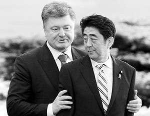 Порошенко предложил Японии приватизировать порты и энергетику Украины
