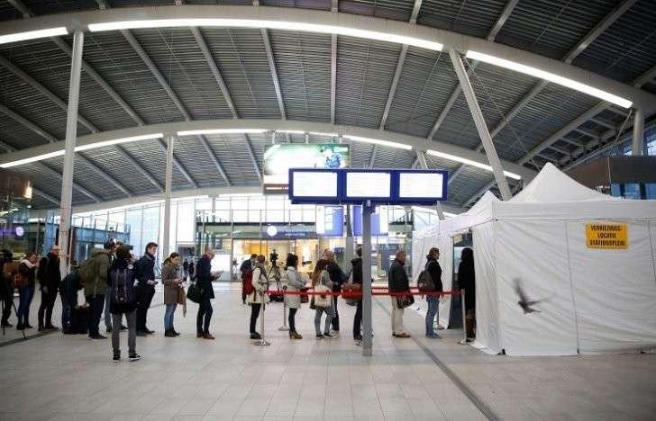 Европейский кагал вежливо послал укро-Хунту: Голландия проголосовала против