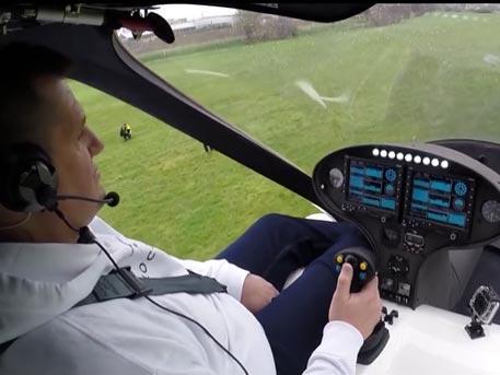 Летающий автомобиль впервые поднялся в воздух в Германии
