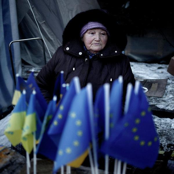 Евросоюз может ввести безвизовый режим для Киева с рядом оговорок