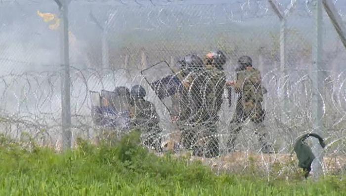 Расправа над беженцами в Греции: полиция стреляла в безоружных людей в упор