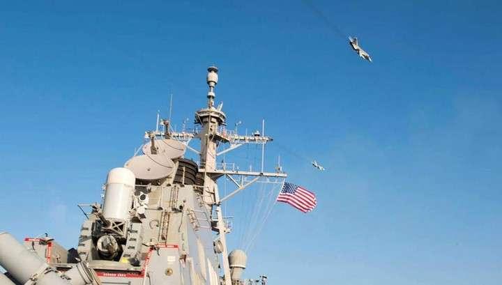 Минобороны объяснило, зачем российские бомбардировщики пролетели над американским эсминцем