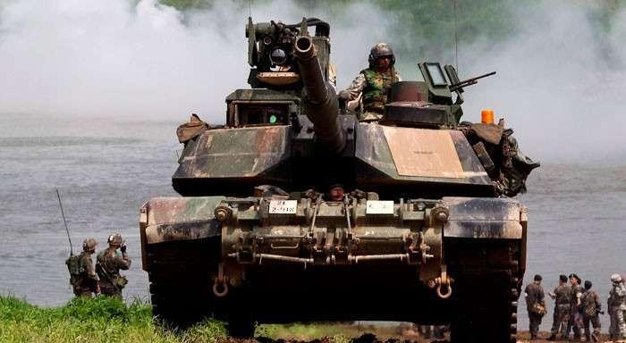 Танки НАТО атакуют Новороссию. В Брюсселе обсудят пакет мер по оказанию майданному режиму военной помощи