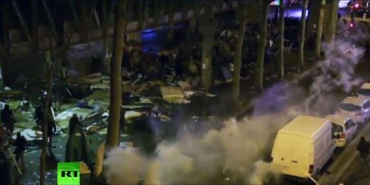 Последствия миграционного кризиса: погромы у парижского «Сталинграда»