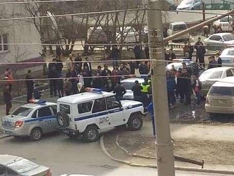 Уроженцы Средней Азии набросились на полицию в Новосибирске