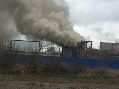 В Санкт-Петербурге загорелась шахта метро
