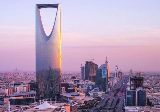 Страна-бензоколонка - Саудовская Аравия - займёт $10 млрд. у группы банков