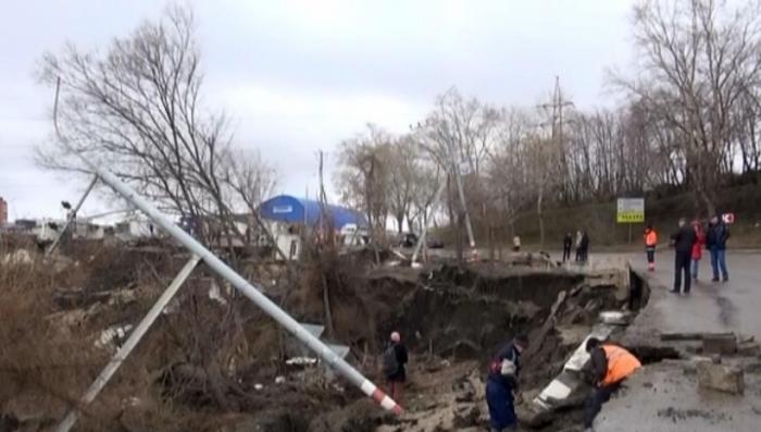 Режим ЧС: в Ульяновске продолжает обваливаться грунт