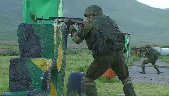 Разведчики и спецназ ОДКБ научились бить террористов в горах
