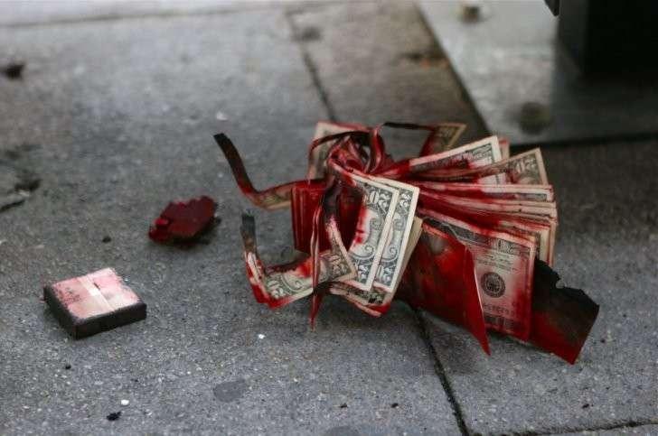 В Европе уничтожают банкиров целыми семьями