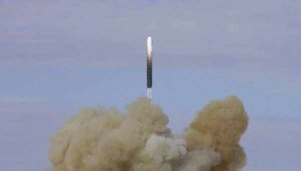 Пуск баллистической ракеты РС-18. Архивное фото