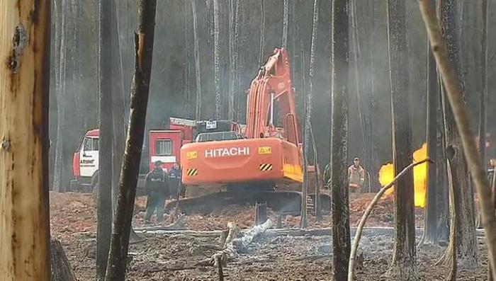 Причиной пожара на газопроводе стала лопнувшая под землей труба