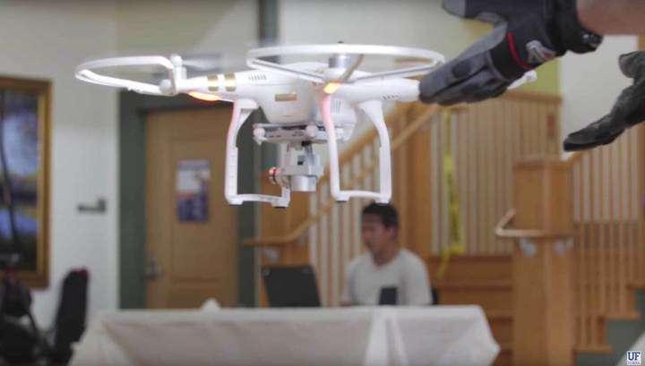 Управляемые силой мысли дроны устроили гонки