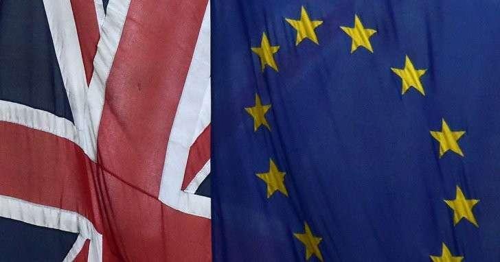 Опрос показал, что выход из ЕС поддерживает 51% британцев