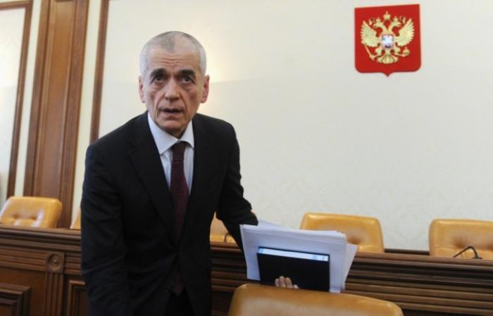 Геннадий Онищенко призвал сокращать реализацию крепкого алкоголя и запретить энергетики