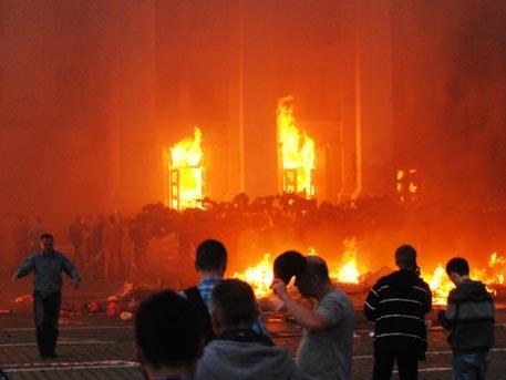 Николай Азаров: в Одессе 2 мая погибло почти 400 человек