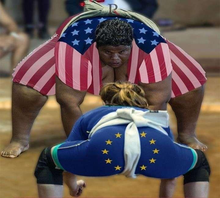 Кремль берёт Европу за горло и топит Хилари