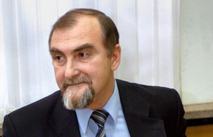 Подозреваемый в воровстве Илья Дроздов, экс-глава центра вирусологии «Вектор», объявлен в розыск