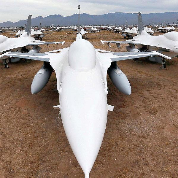 США опасаются, что Россия перехватит поставку истребителей для стран Персидского залива