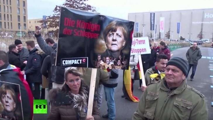 Большинство немцев перестали поддерживать политику Ангелы Меркель