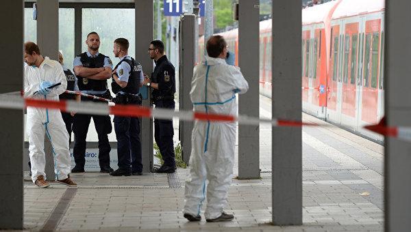 В Германии мужчина с криком «Аллах акбар» убил человека, еще трое ранены