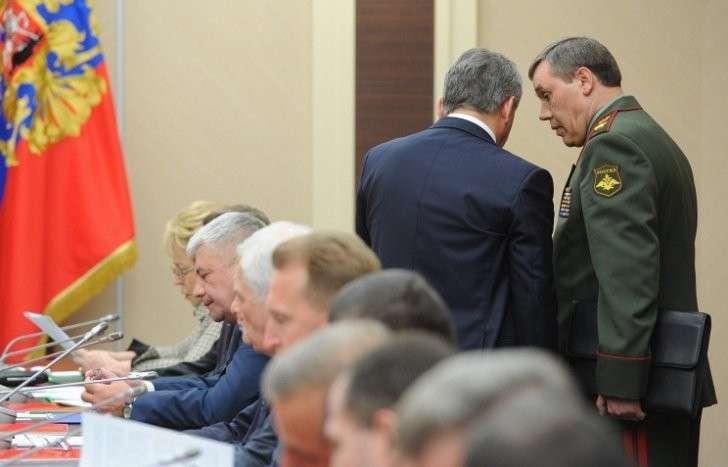 Совбез РФ обсудил внедрение критических промышленных технологий в ОПК