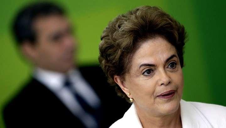 Сенат отстранил президента Бразилии от должности