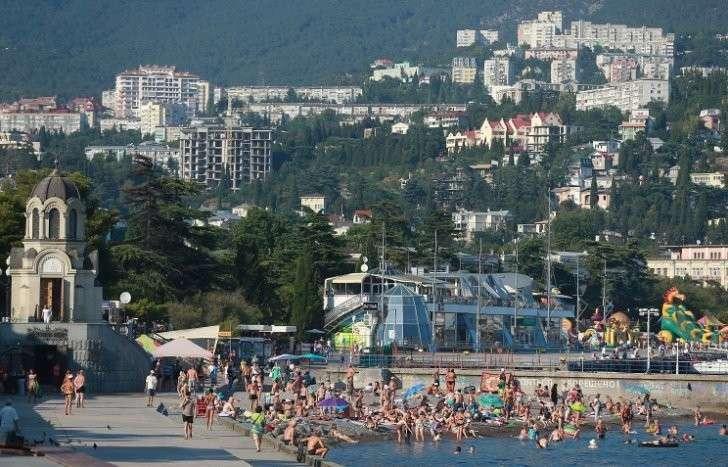 Ростуризм отмечает рост спроса на отдых в Крыму