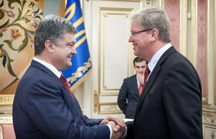В Европу – банкротом. Представлена «дорожная карта» реализации соглашения об ассоциации ЕС и Украины