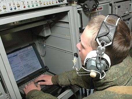 Российский спецназ начал получать устойчивые к помехам радиостанции
