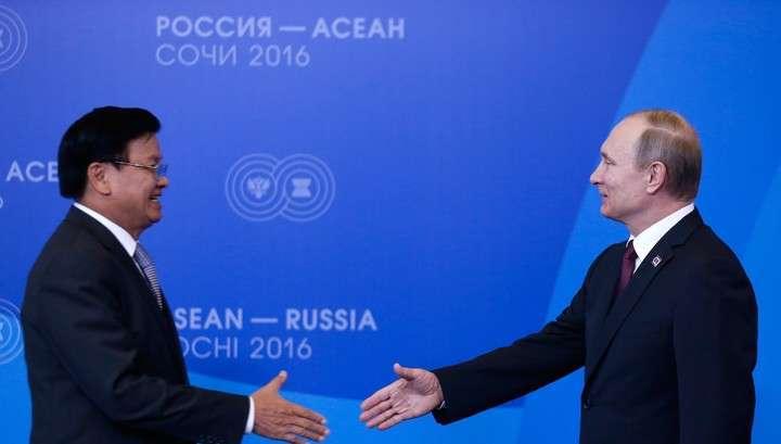 Курилы не продаём: главные заявления на саммите Россия-АСЕАН в Сочи